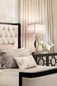 spavaća soba uređena u klasičnom stilu