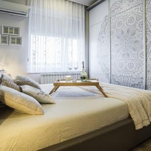 spavaća soba u neutralnim bojama
