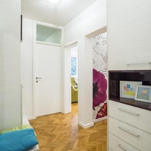 predsoblje - privatan stan na Lionu - slika 05