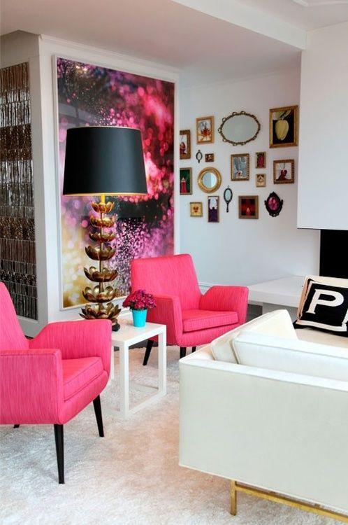 pink fotelje u retro stilu