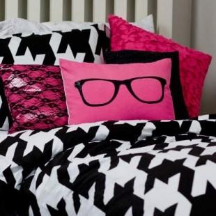 pink crno bela teen soba