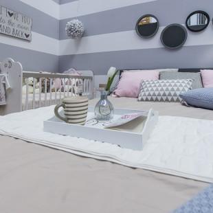 krevetac za bebu u spavaćoj sobi