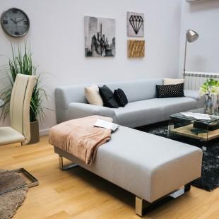 dekorativni jastuci u dnevnoj sobi