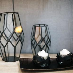dekorativni svećnjaci u enterijeru