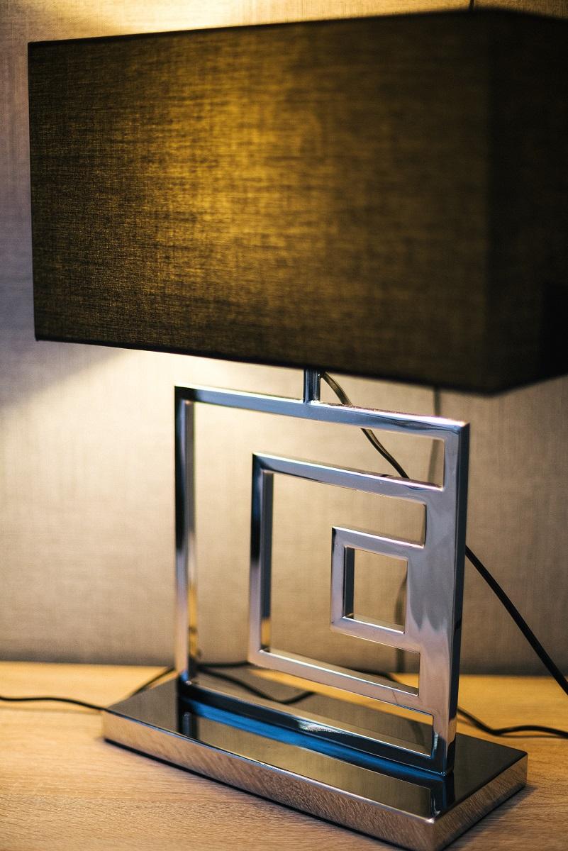 stona lampa za dnevnu sobu