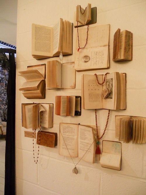 knjige-na-zidu