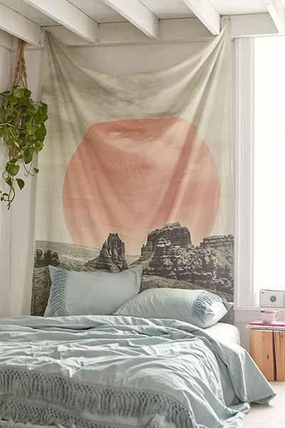 tapiserija-na-zidu
