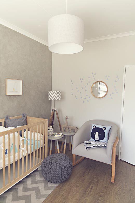 kutak za roditelje u sobi za bebu 3
