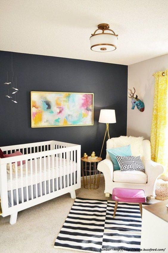 kutak za roditelje u sobi za bebu 6
