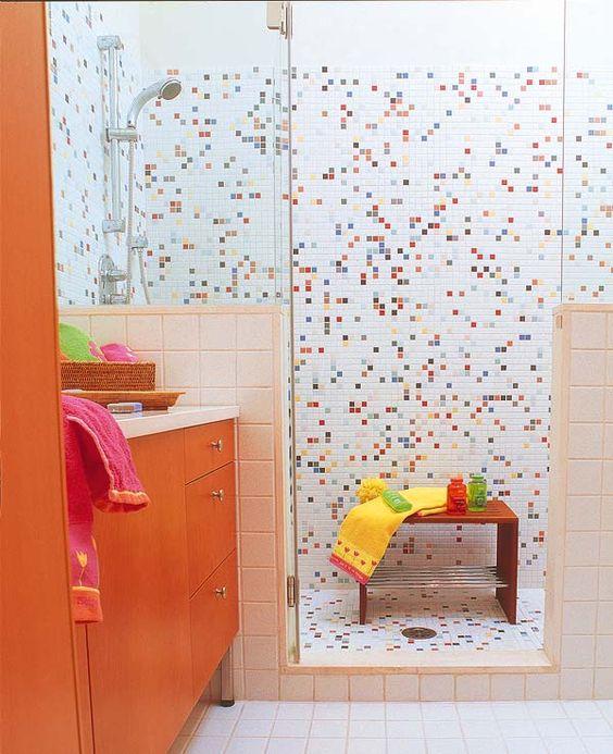narandžasta boja u kupatilu