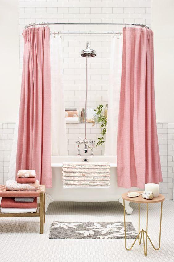 pink boja u kupatilu