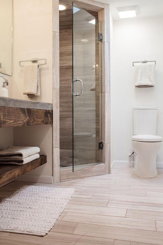 podne plocice u kupatilu imitacija drveta 2