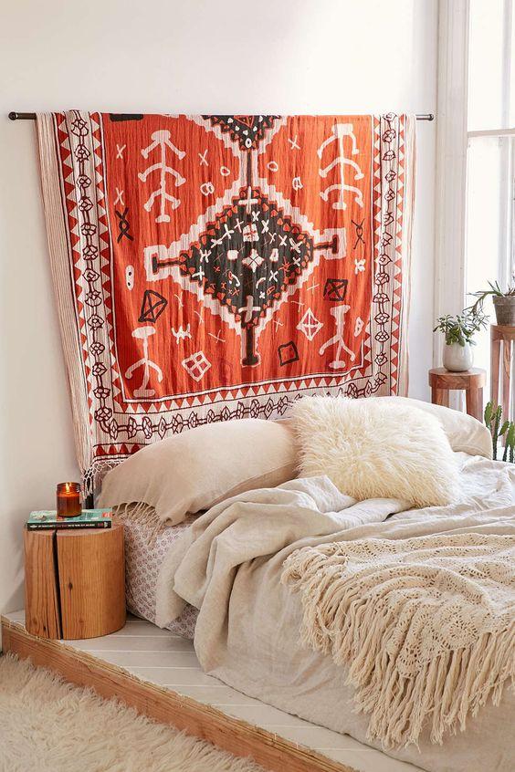 tapiserija kao uzglavlje 1