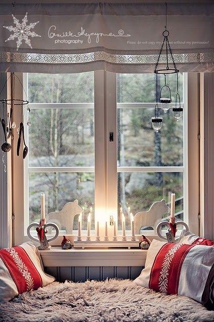 Crveno bela novogodisnja dekoracija 14